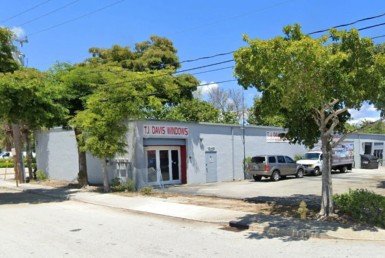 4,280 SF Office / Warehouse for Lease